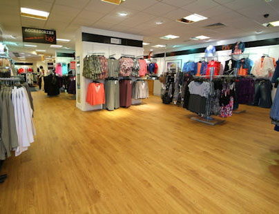 commercial retail flooring pic2